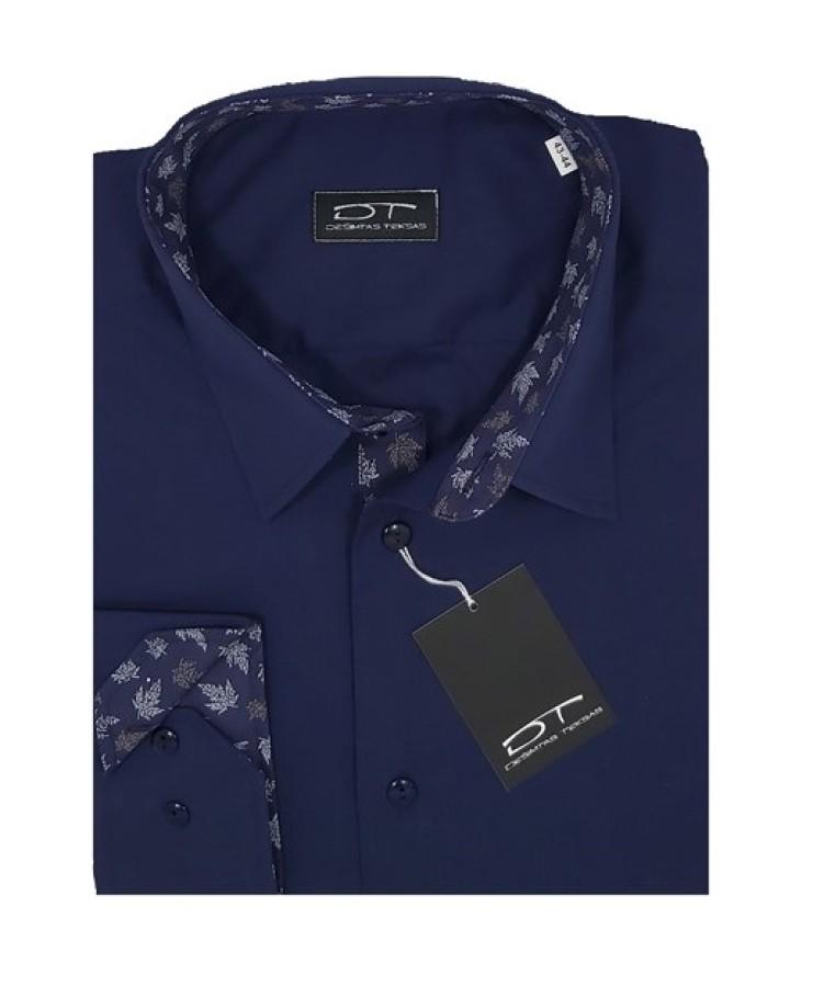Dark blue shirt with long sleeves